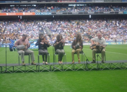 Naomh Mearnóg musicians playing in Croke Park