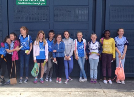 Naomh Mearnog Girls – on Tour